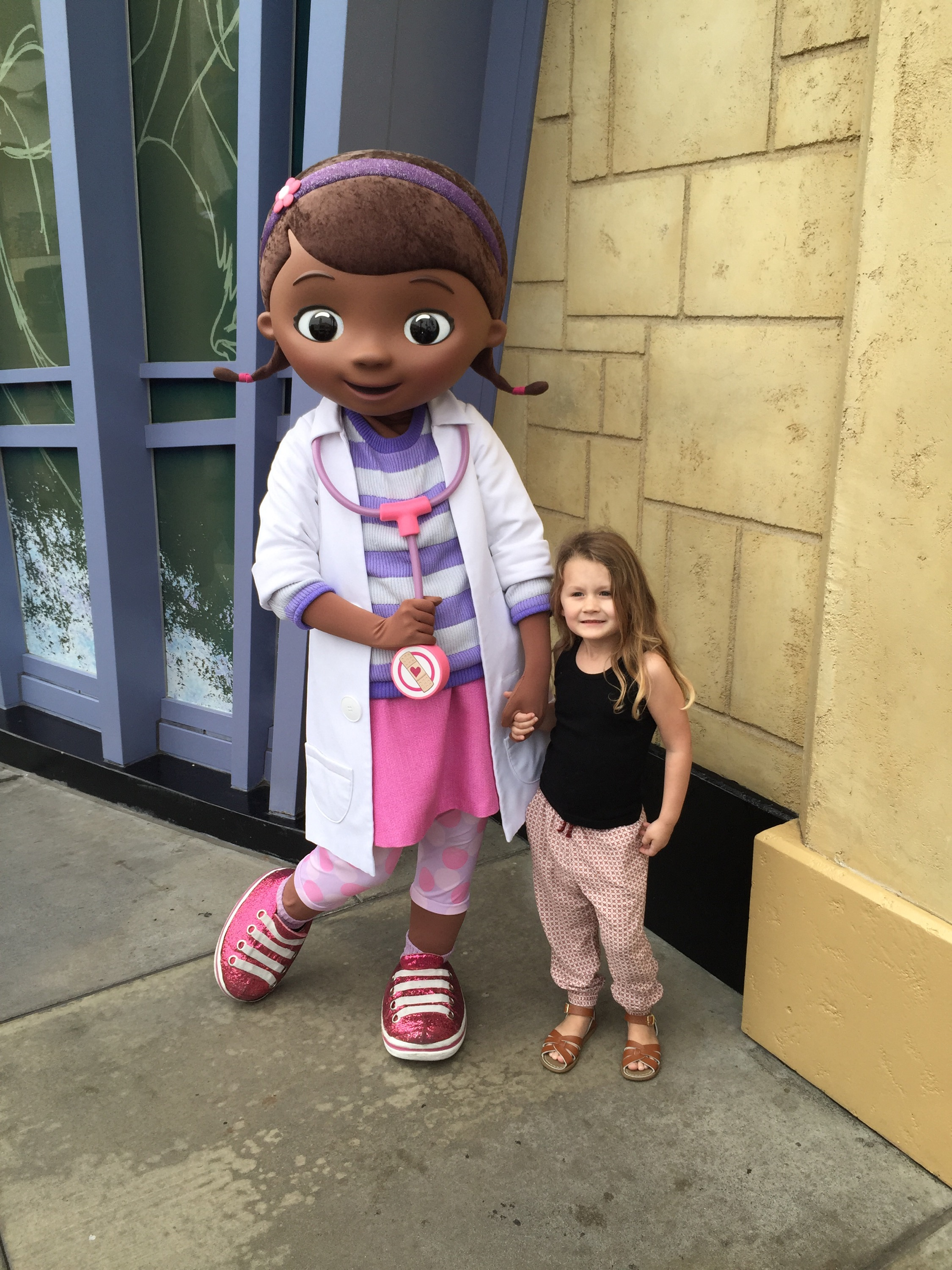 Meeting Doc McStuffins @ Disneyland! - YouTube